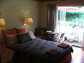 Suite 1 at Luil,pekker self catering Chalets